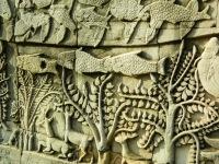 Angkor Thom carving 2