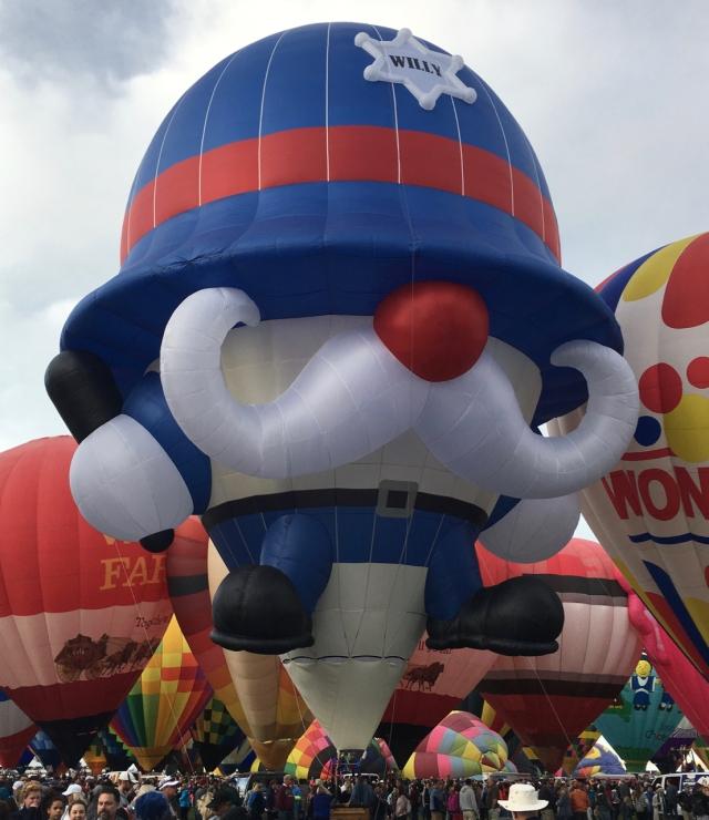 Yuhr-theflyingsquirrelstudio-balloons1843