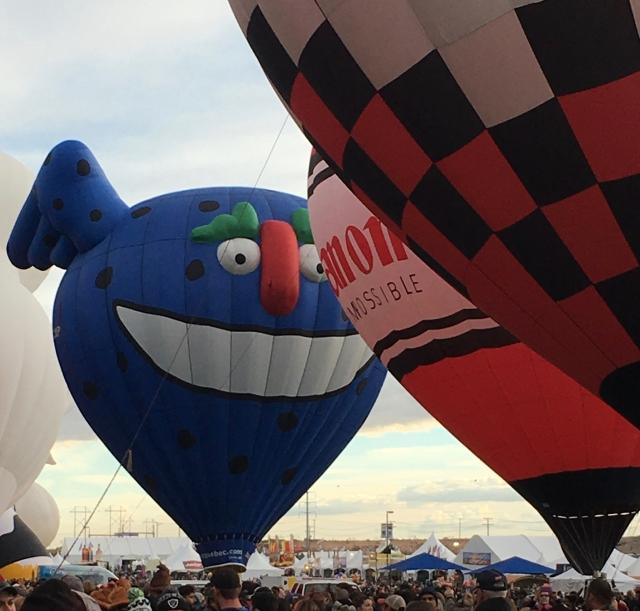 Yuhr-theflyingsquirrelstudio-balloons1845
